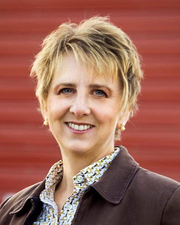 Jennifer Gilk Headshot